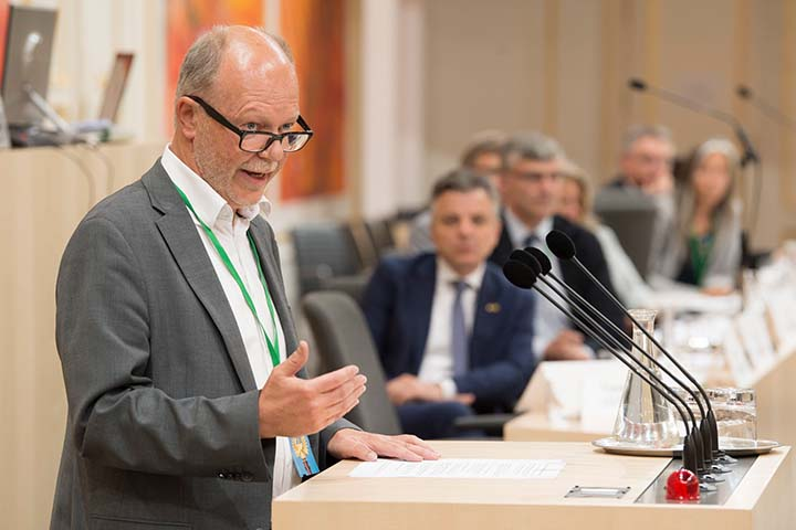 Speech at the Parlamentarian Enquiry on Mission 2030 in the Hofburg; Photo credits: JANTZEN